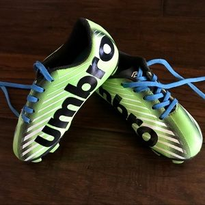 Umbro Little Kid Green/Blue Soccer Cleats